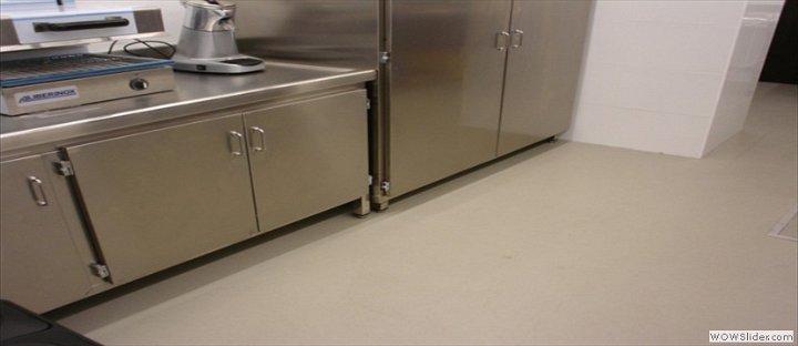 Suelos de resina para cocinas simple resina epoxi en - Pavimentos para cocinas ...